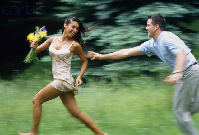 Как доказать девушке что ты ее любишь